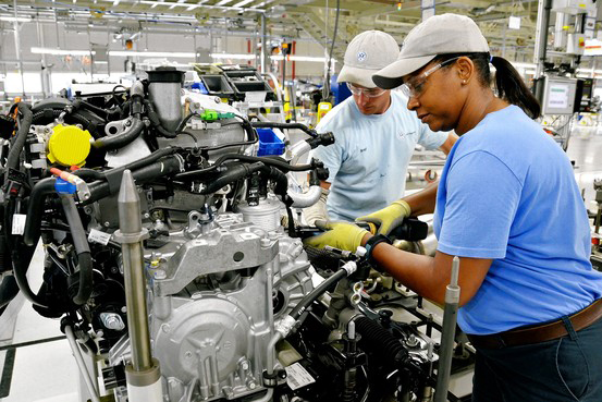 Workers at the VW Plant in Chatanooga have formed a UAW local to push for union recognition.